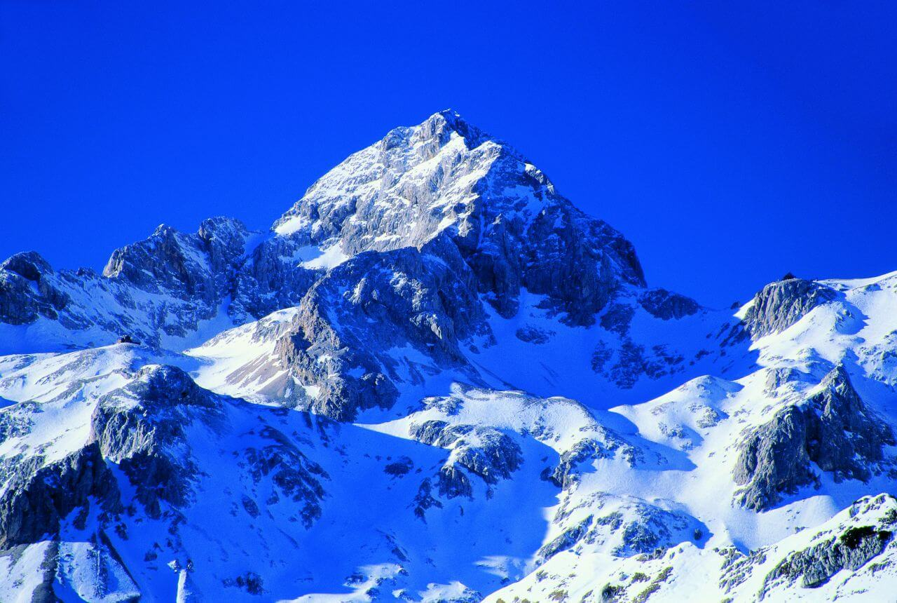 Slovenia - Triglav - highest mountain in Slovenia (and in all ex-Yugoslavia) and in Julian alps (2864 moh.)